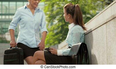 donna d'affari, usando, tavoletta,  PC
