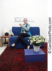 donna, divano