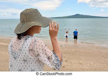 donna, e, lei, famiglia, su, vacanza estate, vacanza