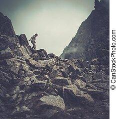 donna, escursionista, camminare, montagne