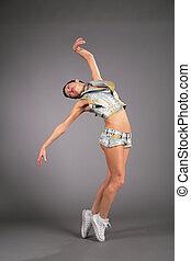 donna, giovane, ballo, calzoncini
