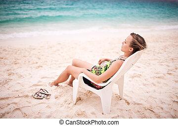 donna, in, uno, sedia