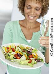 donna, insalata, mezzo, vetro, adulto, presa a terra, fresco, vino