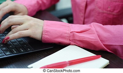 donna, lavorativo, quaderno, mani