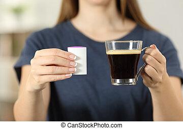 donna, mani, presa a terra, uno, tazza caffè, e, saccharin