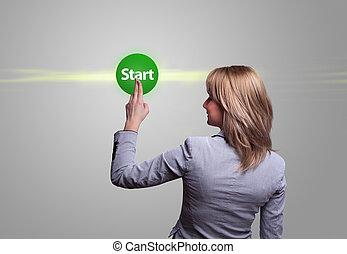 donna, mano, urgente, verde, pulsante avvio