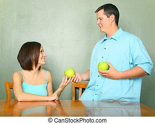 donna, mela, dare, giovane, verde, maschio, caucasico