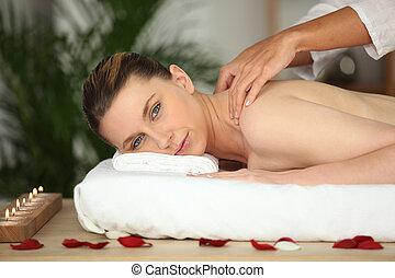 donna, profumato, giovane, indietro, rosa, godere, massaggio