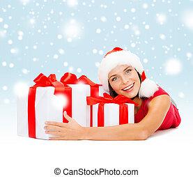 donna, regalo, benefattore, scatole, santa, sorridente, cappello