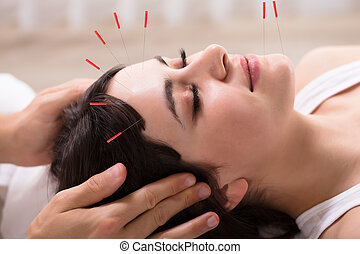 donna, ricevimento, agopuntura, trattamento
