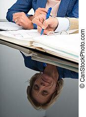 donna, riflesso, affari, scrivania