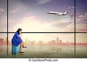 donna, sedere, valigia