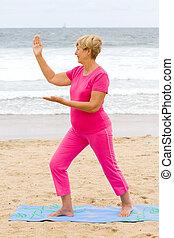 donna senior, esercizio