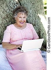 donna senior, netbook