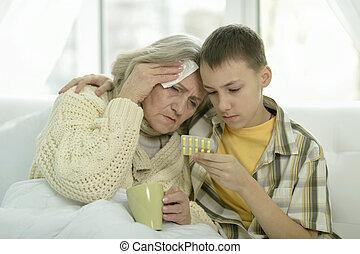 donna senior, nipote, lei, ammalato
