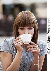 donna, solo, bere, uno, tazza tè