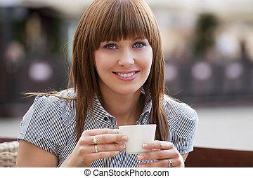 donna, solo, in, uno, caffè