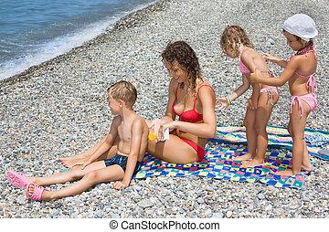 donna, spiaggia, striscio, pietroso, giovane, altro, tre, ...