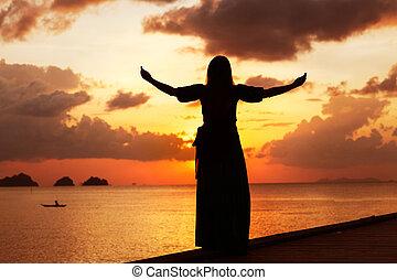 donna, tramonto, concetto, libertà