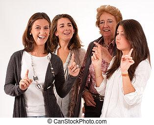 donne, divertimento, famiglia
