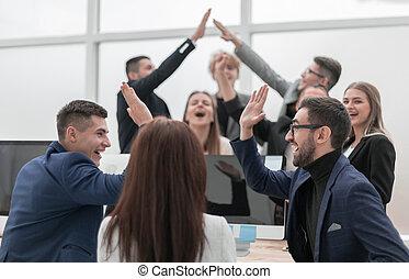 donner, chaque, cinq, élevé, autre, gens, groupe, jeune, business
