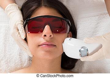 donner, laser, traitement, epilation, esthéticien