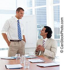 donner, présentation, songeur, homme affaires