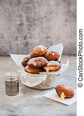 Donuts with Creamy Lemon Filling