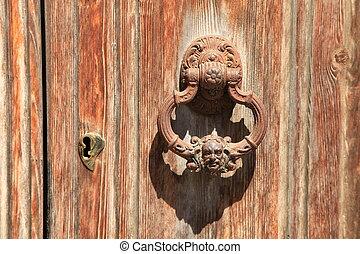 Door 89