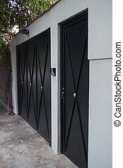door and gates