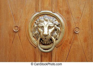 Door knocker, handle - lion head