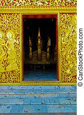 Door of church of Wat Xiang Thong in Luang Pra Bang,Lao