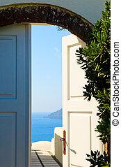 Door open to the sea