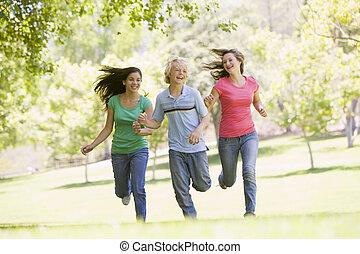 door, rennende , park, tieners