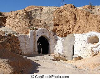 Door to Matmata underground house