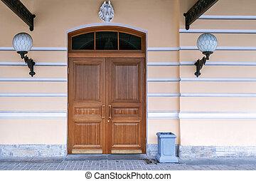 Door with lanterns.