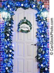 Door with the inscription welcom