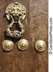 Doork knocker