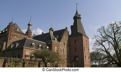Doorwerth medieval Castle low angle view from courtyard + pan
