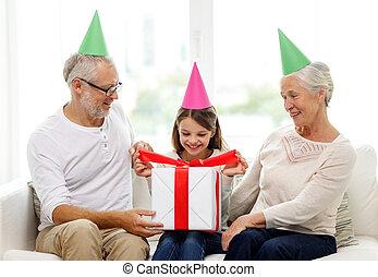 doosje, cadeau, gezin, hoedjes, feestje, thuis, het ...