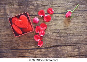 doosje, hart, volle, cadeau, rozen, valentines, kroonbladen, bloem, rood, open, dag, kado