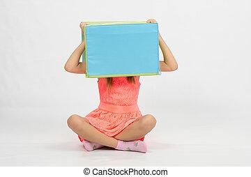 doosje, hoofd, zijn, zittende , vloer, meisje