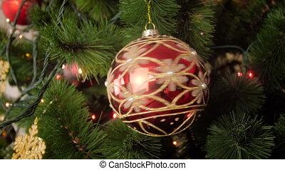doré, brillant, métrage, arbre, babiole, tourner, closeup, 4k, branche, scintillement, noël, rouges