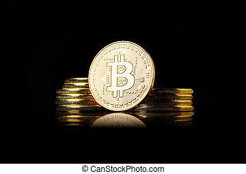 doré, pièces, bitcoin, arrière-plan noir, pile