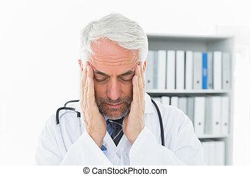 dor de cabeça, close-up, macho, severo, doutor