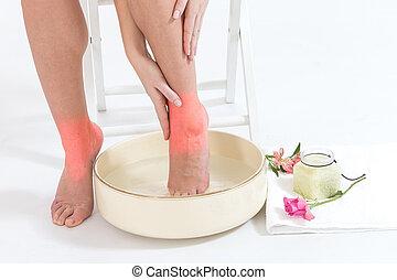 dor, relaxante, mulher, alto, tornozelo, calcanhares, pernas,  bathfoot