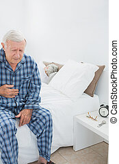 dor, sofrimento, barriga, homem velho