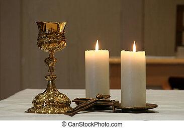 dorado, cáliz, y, dos, velas