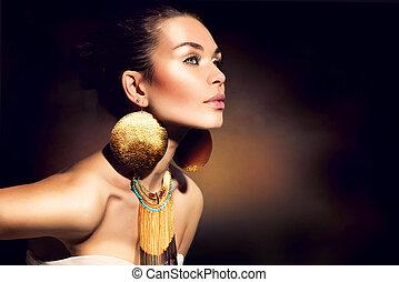 dorado, mujer, maquillaje, jewels., moda, portrait., moderno