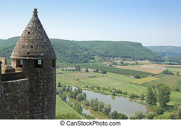 Dordogne from Chateau Beynac with tower horizontal
